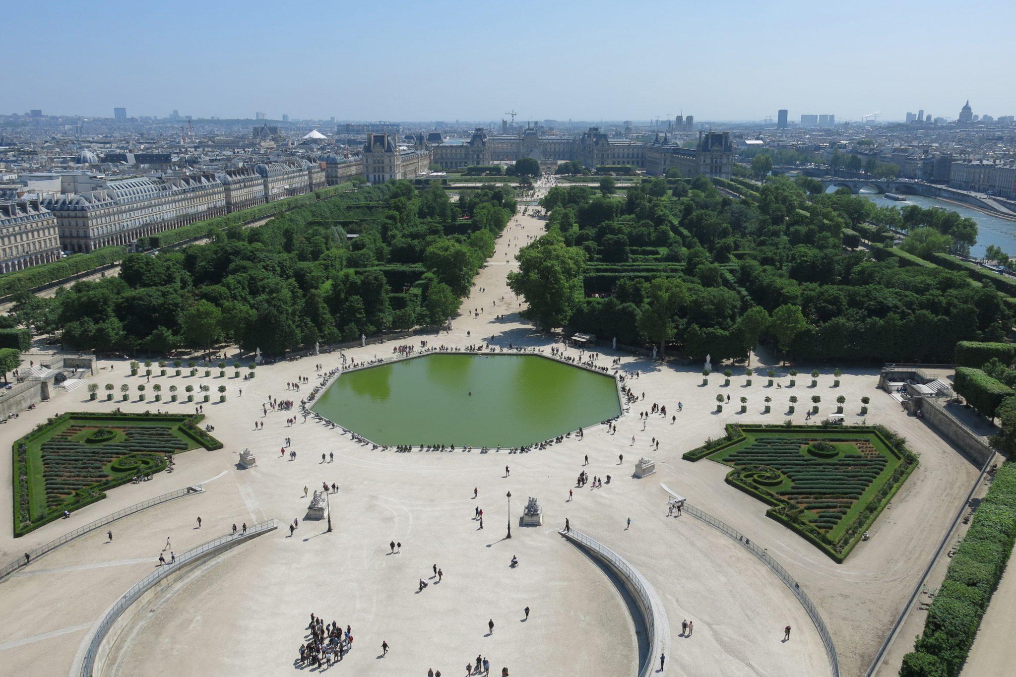 Grande Roue de Paris Louvre et Jardins des Tuileries scaled